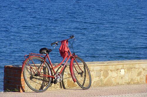 dviratis,dviratis,miesto dviratis,senas dviratis,jūra,papludimys,montegiordano jūrų