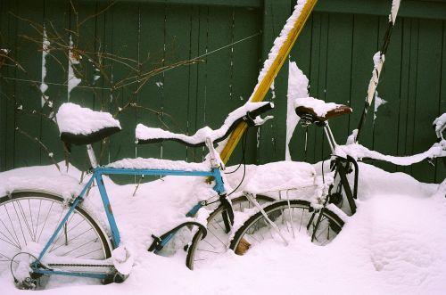 dviratis,žiema,sezonas,tvora,padengtas,šaltas,pastatytas,sniegas