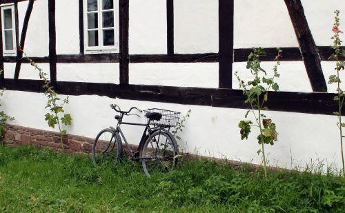 dviratis,santūra,muziejus