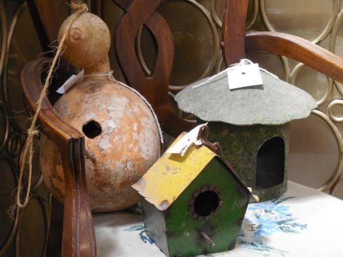 birdhouse,moliūgas,paukštis,namas,sodas,Šalis,kaimas,gamta,galinis kiemas,lizdas,kabantis,skylė,medis,stogas,pakabinti,ešeriai,prieglobstis,metalas,kiemas,rankų darbo,alavas