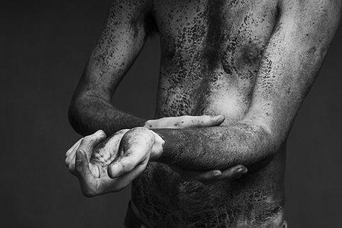 juodos spalvos, baltos spalvos, juoda ir balta, nuotrauka, vyras, kaimiškas, žmogus, rankos, kūnas, žmogus, žmonių, anatomija, Patinas, suaugusiųjų, odos, jaunas
