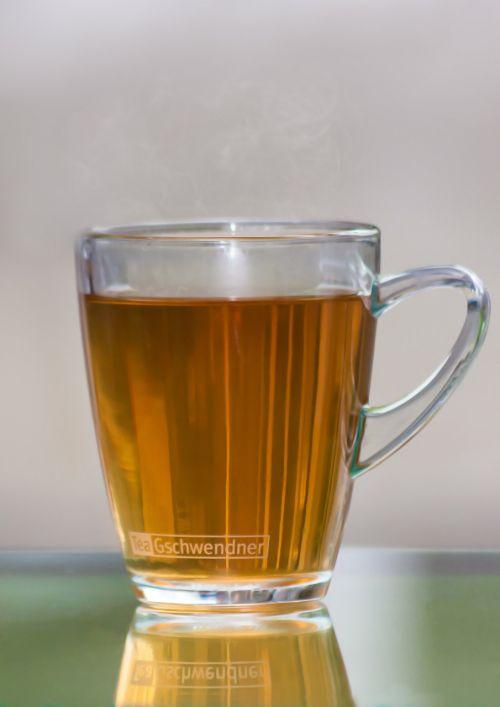 juoda arbata,žolių arbata,pipirinė arbata,ramunėlių arbata,tee,taurė,karštas,gerti