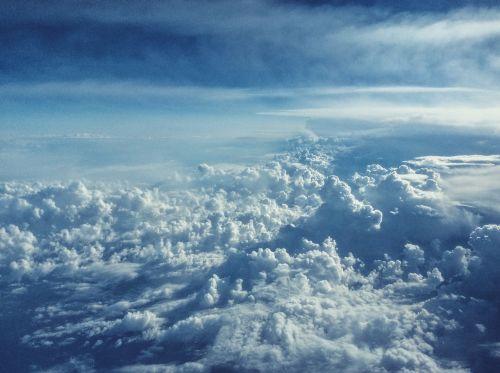mėlynas,dangus,debesys,saulėtas