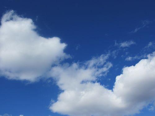 mėlynas dangus,debesis,Debesuota,mėlynas dangus fonas,oras,dangus,atmosfera,cumulus,vasaros dangus,geras oras