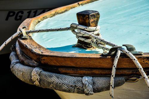valtis,medinė valtis,senoji valtis,valtis iš medžio,senas pastatas,jūra,buriu,Viduržemio jūros,laivas,dėžutė,dekoratyvinis laivas