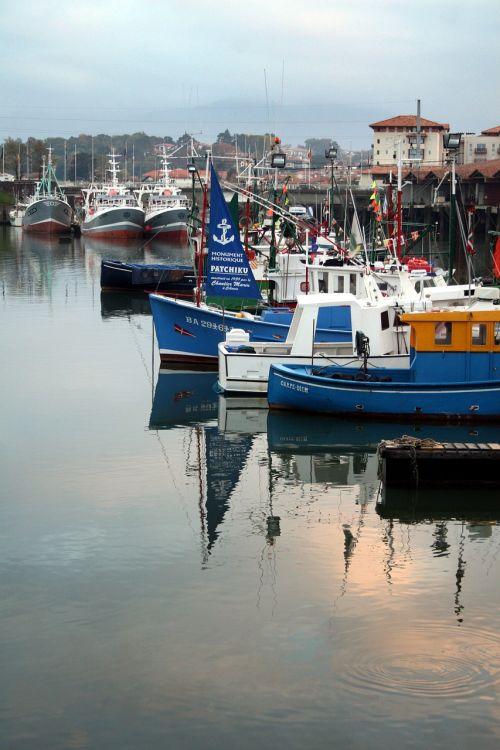 valtis,žvejybos uostas,st jean de luz