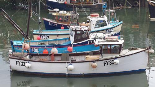 valtys,uostas,vanduo,jūra,uostas,mėlynas,laivas,jūrinis,uostas,turizmas,žvejyba,atspindys