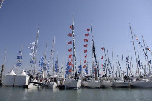 valtys,puikias mažos uolos bokštas,valčių šou,charente-maritime,vėliavos,uostas