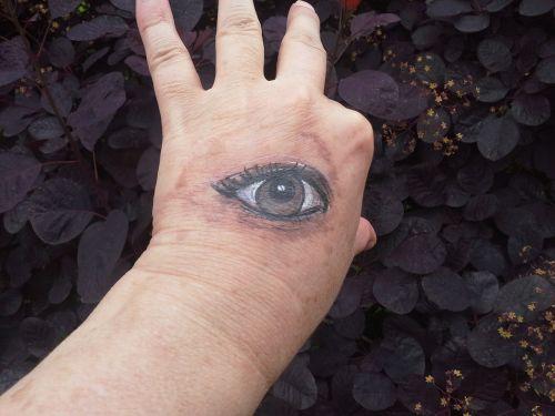 piešimas ant kūno,ranka,dažymas,pirštas,dažytos,menas,akis,oda,meno kūriniai,dažyti,meniškai,menininkai,kūrybiškumas,dailininkas,piešimas,atkreipti,Zombie