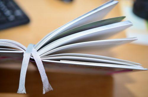 knyga,stalas,Pastabos,knygų puslapiai,biuras,puslapiai,palikti