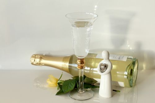 putojantis vynas,iškilmingai,angelas sargas,prosecco,laimingas,sveikinu,šampanas,rožė,sėkmė,Naujųjų metų diena,prost