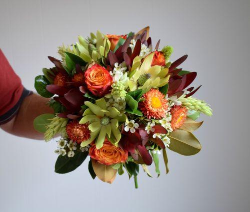 puokštė,gėlės,rožės,floristas