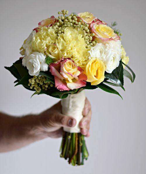 puokštė,floristas,Vestuvės,nuotaka,rožė,subtilus