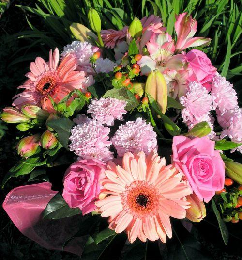 puokštė,gėlių susitarimas,gėlės