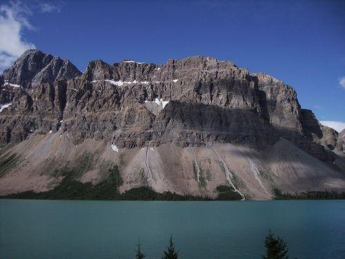 lova ežeras,jašis,banff,Nacionalinis parkas,jašio nacionalinis parkas,Banfo nacionalinis parkas,greitkelis 93,svajonių gatvė,Vakarų Kanadoje,Kanada,gamta,Alberta