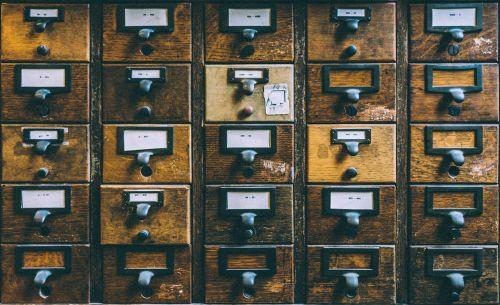 dėžės,moteriškos kelnaitės,pašto dėžutės,gyvenamosios pašto dėžutės,mediena,medinis