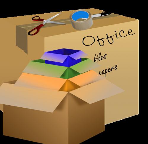 dėžės,juda,judėjimo dėžės,kartonas,namas,namai,judėti,pakavimas,išpakavimas,perkėlimas,kambarys,interjeras,butas,juosta,žirklės,žymeklis,etiketė
