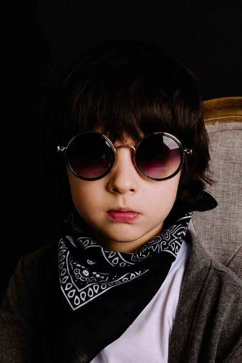 berniukas modelis, mada, vyras, vienas, tamsa, paauglių, Vaikų mados, muzikantas, vaikai modelis, kelia, moksleivis, elegantiškas, minimalizmas, berniukas, modelis, aktorius, portretas, akiniai nuo saulės, žmonių, kūdikis