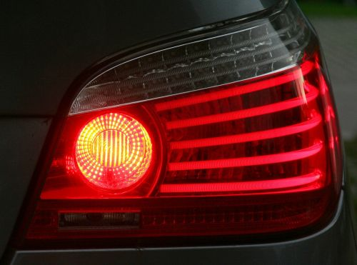 stabdžių žibintas,prožektorius,BMW,Užpakalinis žibintas,galinis rūko žibintas,priešrūkiniai žibintai,automatinis,automobilis,lempa,šviesa,technologija