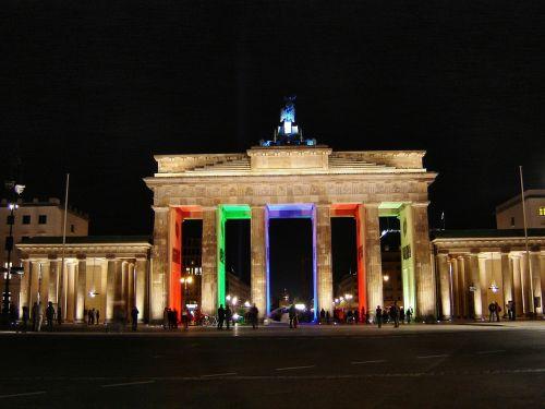 brandenburgo vartai,Berlynas naktį,Berlynas,šviesos miestas,menas
