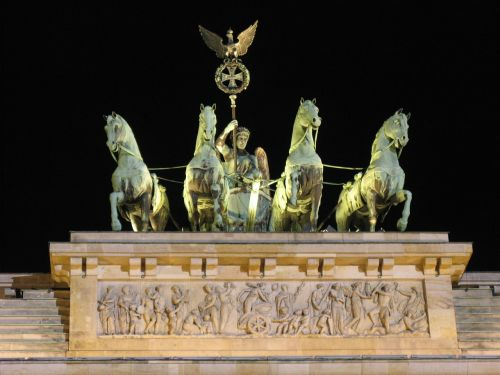 brandenburgo vartai,Berlynas,Berlynas naktį