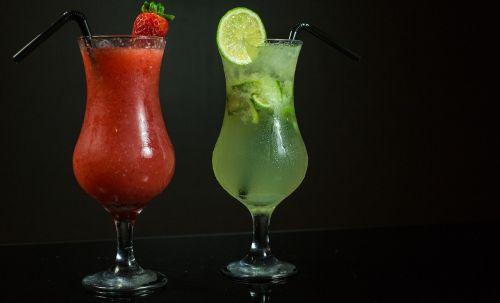 Brazilija,Brazilijos gėrimas,kokteilis,kokteiliai,citrinos kokteilis,braškių gėrimas,vasaros gėrimas