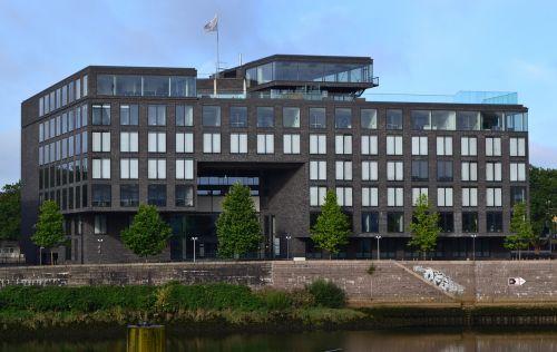 Bremen,Weser,nužudyti,beluga pastatas,biustas,architektūra