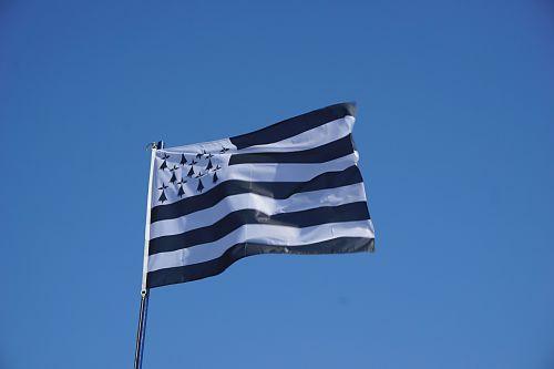 breton,vėliava,reklama,vėjas,juostelės,simbolis,dangus,ženklas,patriotizmas,flagpole