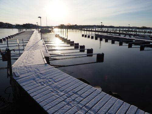 tiltas,sniegas,jūra,žiema,desolate