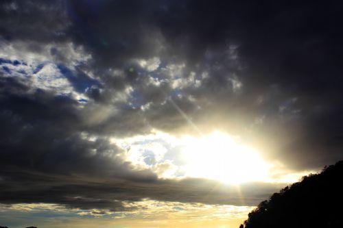 rytas saulė, saulės šviesa, saulė, šviesus, dangus, debesys, tamsi & nbsp, debesys, saulė ir nbsp, spinduliai, ryški saulė