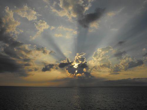 blizgesys,saulė,šviesti,vandenynas