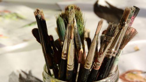 šepetys,meno švietimas,dažymas,dažyti