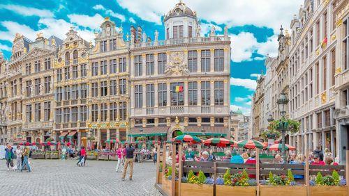 Briuselis,grote markt,Brussels belgium,architektūra,Pagrindinė aikštė,Belgija,kvadratiniai brusseliai,istorinis miestas,panorama,Briuselio panorama,Briuselio centras,miesto centras,kvadratas,miestas,miesto panorama,istorinė aikštė,istorinis centras,centras,didžioji vieta,poilsis,turintys kavos,sėdi
