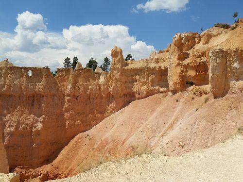 Bryce kanjonas,hoodoos,Bryce,kanjonas,nacionalinis,parkas,usa,oranžinė,raudona,dykuma,Utah,kraštovaizdis,gamta,Rokas,erozija,geologija,pietvakarius,geologinis,akmuo,formavimas,turizmas,takas