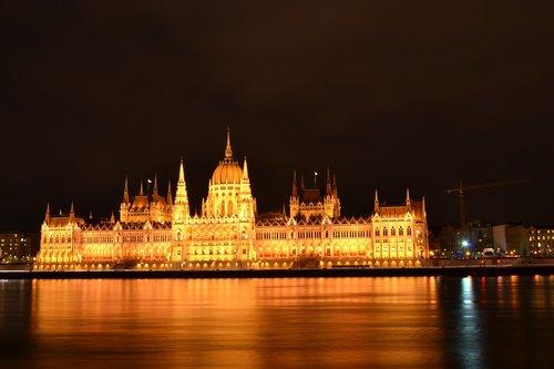 Budapeštas, Parlamentas, Vengrija, kelionė, Turistų kelionės tikslas, turistų atrakcijos