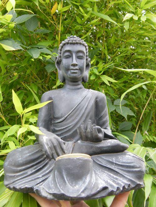 buda,bambukas,sėdėti