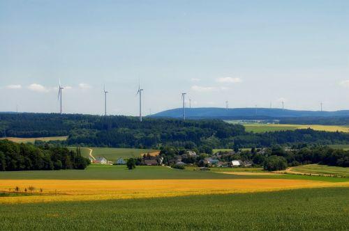 Budenbach,Vokietija,kraštovaizdis,kaimas,pastatai,dangus,debesys,gamta,lauke,vista,vaizdingas,vasara,laukai,kaimas,Šalis,kaimas,miškas,medžiai