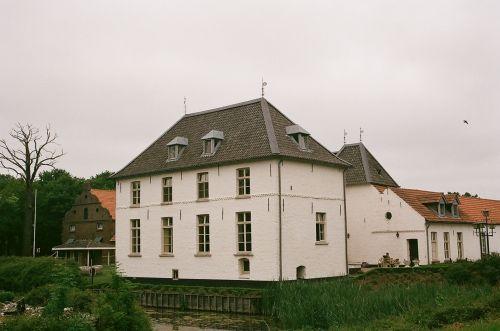 į pietus, Nyderlandai, pastatas