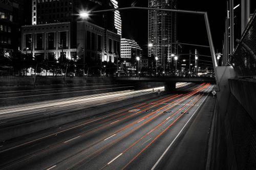 pastatai,miestas,miesto panorama,centro,greitkelis,žibintai,naktis,kelias,miesto
