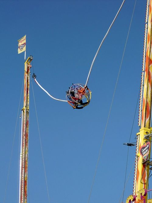 bungee sistema,nugara,bungee,paroda,oktoberfest,liaudies šventė,važiuoti,blynai