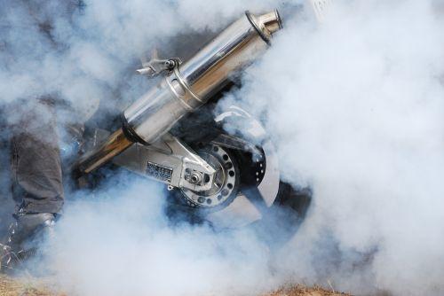 išdegimas,degimo guma,motociklas,išmetimas,automobiliai,Sportas,greitintuvas,žygdarbis,tech,svajones,variklio galia
