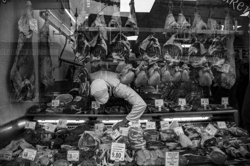 asortimentas, mėsa, mėsininkas, parduotuvė, verslas, darbas, kiauliena, jautiena, ėriena, vištiena, pirkti, pardavimas, mėsininkas