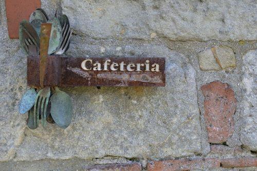 kavinė,kavinė,gastronomija,bistro,restoranas,gatvės kavinė,žemėlapis,atvirukas,fonas,stalo įrankiai,šakutė,šaukštas,senas,metalas,nerūdijantis,Verdigris,Senovinis,retro