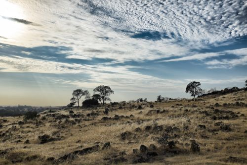 Kalifornija, kažkur, saulė, dangus, debesis, žolė, geltona, mėlynas, sausas, akmuo, Rokas, Sierra & nbsp, nevada, Kalifornija 5