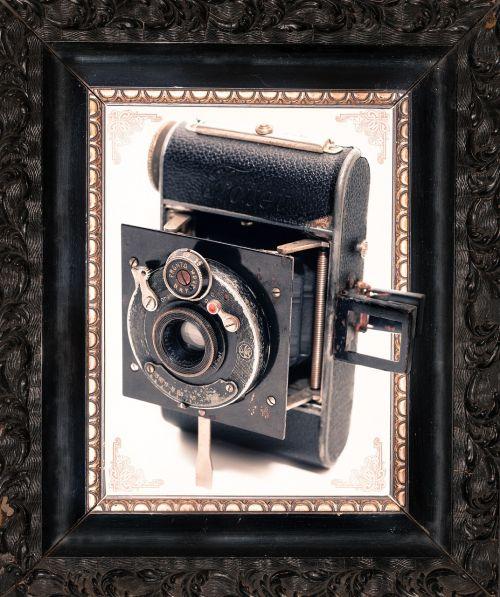 fotoaparatas,rėmas,senas,vintage,Senovinis,nuotrauka,filmas,nuotrauka,nuotrauka,juoda,sena nuotrauka,nuotraukų rėmelis,retro,mediena,nostalgija,pasenusi,amžius