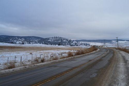 Kanada,gamta,kelias,vienatvė,Vakarų Kanadoje,žiema