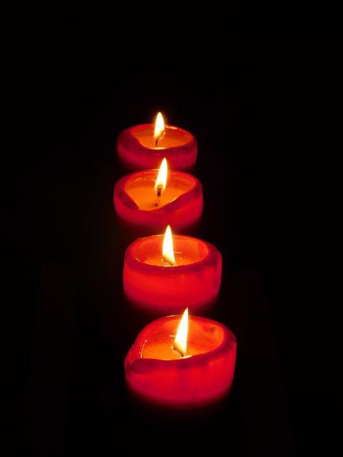 žvakė,liepsna,Ugnis,žvakių liepsna,šviesa,Kalėdos,Adventas,atostogos,vaškas,deginimas,žibintai,dangus,tamsi,šventė,žvakės
