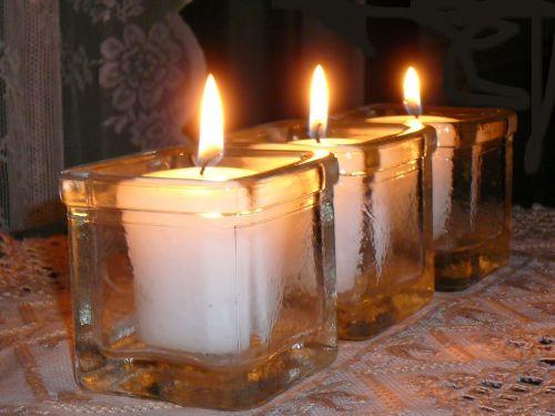 žvakių šviesa,šviesa,šviesa ir šešėliai,Ugnis,kontrastas,ramus,trys