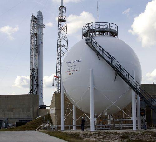 Cape Canaveral, Paleidimo Aikštelė, Raketa, Kuro Bakas, Spacex, Transporto Priemonė, Raketa, Gabenimas, Transportas, Erdvėlaivis, Galia, Erdvėlaivis, Kosmosas