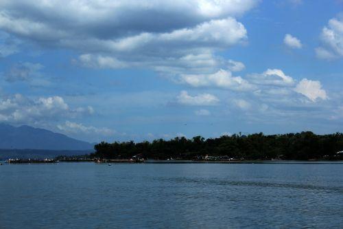 caraman & nbsp, sala, dangus, debesys, mėlynas, sala, gamta, papludimys, vanduo, valtys, vieta, maudytis, atsipalaiduoti, atostogos, kalnai, uostas, kelionė, karamanų sala 2